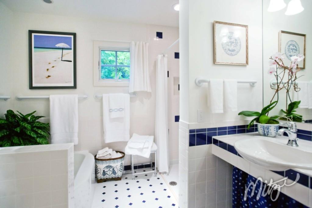 Slider_Bathroom
